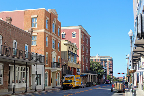cityscape street architecture downtown florida tallahassee businessdistrict commercialbuildings commercialblocks