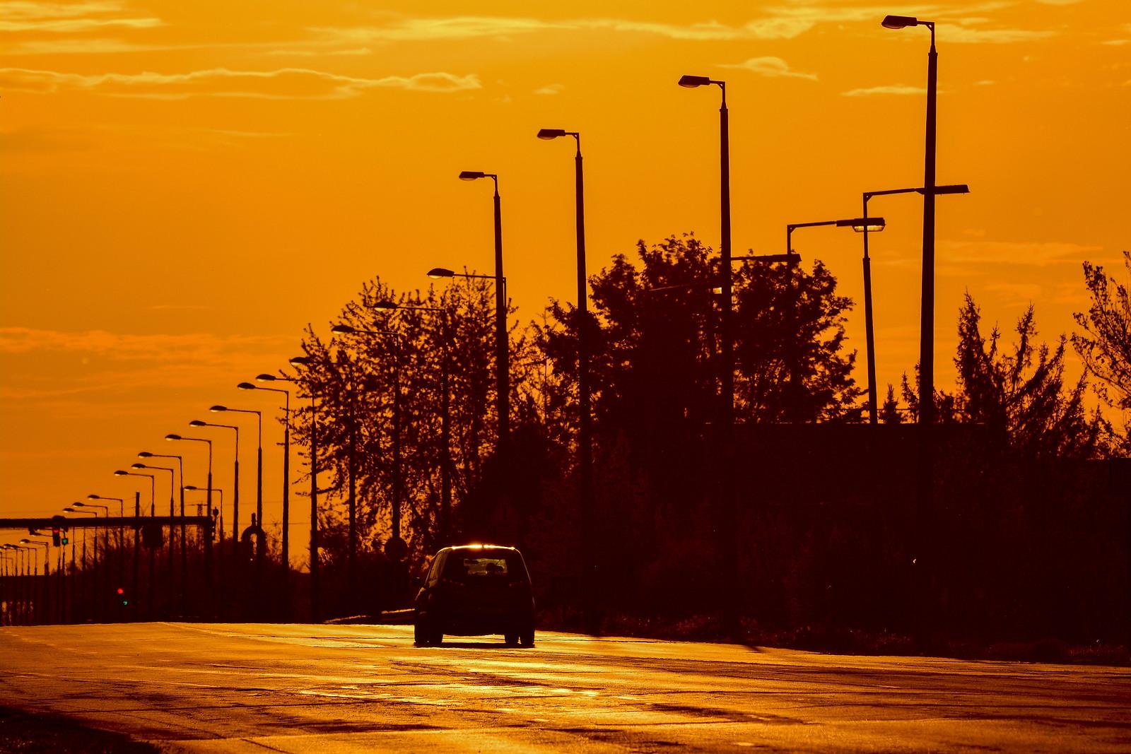 Budapesten marad, vidéken feloldják a kijárási korlátozásokat