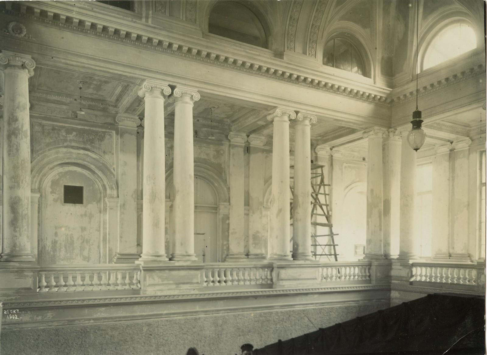 10. 1902. 21 октября. Вестибюль главного здания