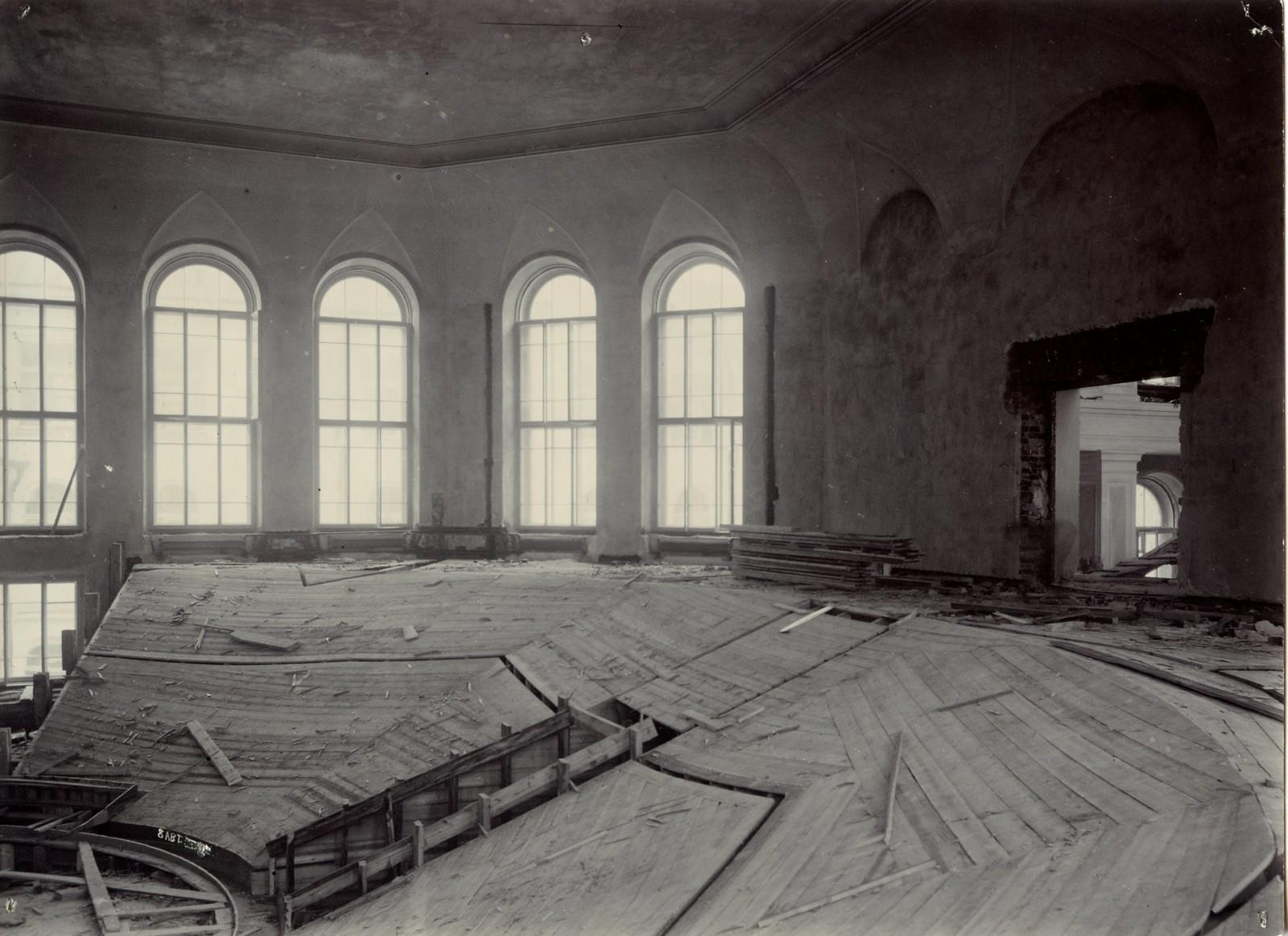 05. 1902. 8 августа. Большая физическая аудитория