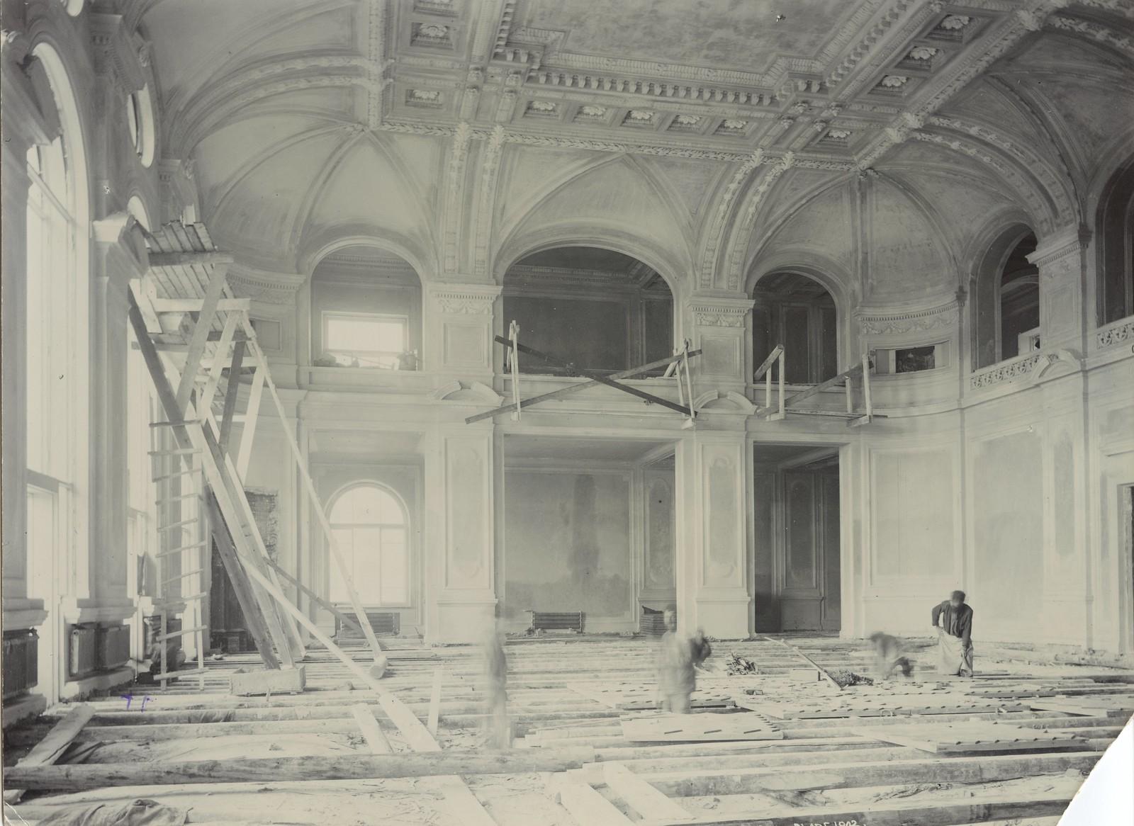 07. 1902. 4 сентября. Строительные работы в актовом зале