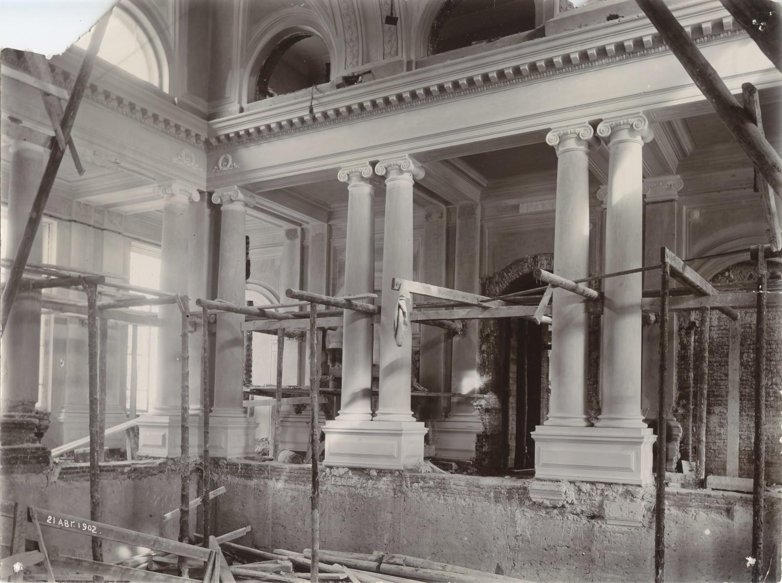 06. 1902. 21 августа. Строительство центральной лестницы главного здания