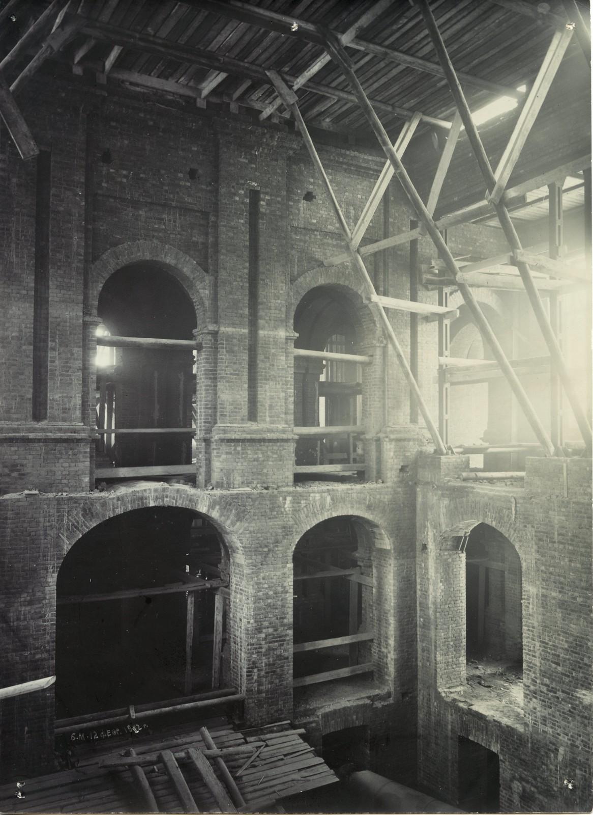 03. 1902. 12 февраля. Строительство вестибюля главного здания