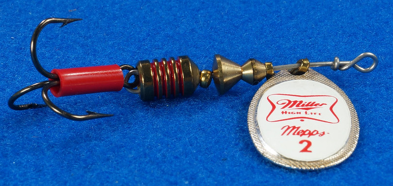 RD29483 RARE - Mepps MILLER HIGH LIFE Beer FRENCH SPINNER Logo FISHING LURE DSC03242
