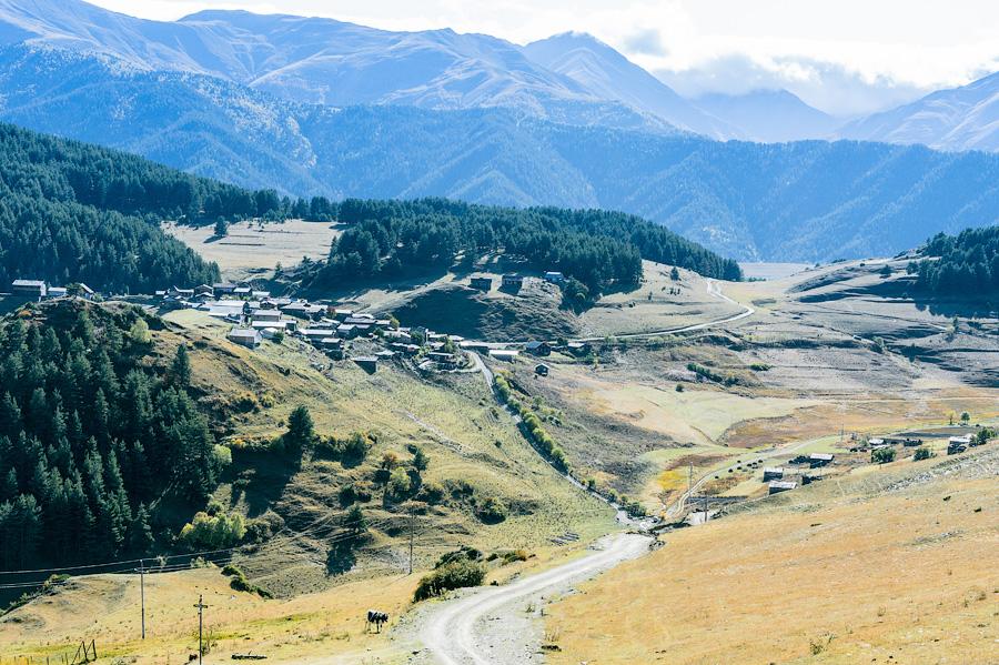 Село Шенако, откуда родом великий Мимино. Дорога в Дикло