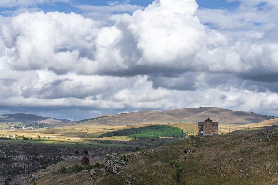 Окраина деревни Дашбаши, Грузия, Давид-Гареджи