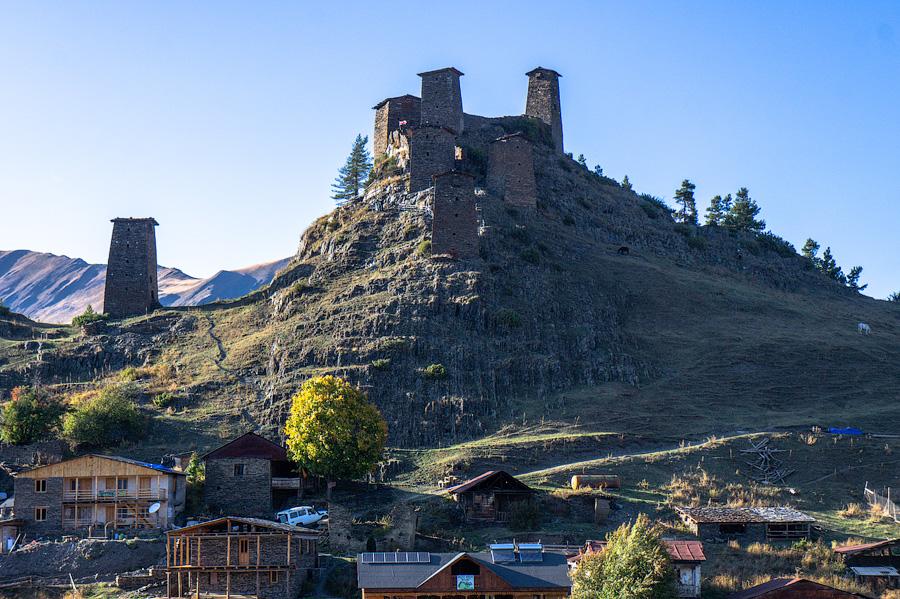 Башни крепости Кесело, Верхнее Омало, Тушети