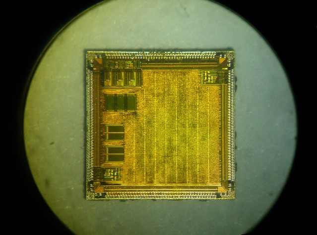 inside Chip Matrox MGA G100