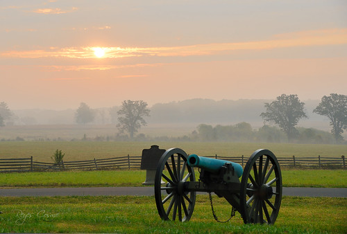 gettysburg pennsylvania battlefield littleroundtop civilwar cannon reyes nikon d800 sunrise sunset