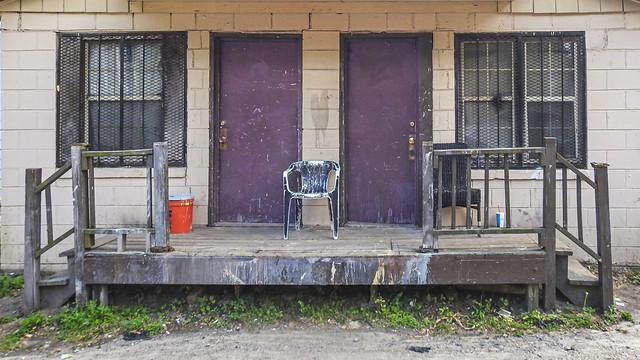 Ghetto apartments / Savannah Georgia