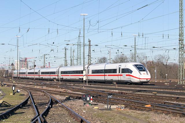 DB 812 036 Basel Badischer Bahnhof