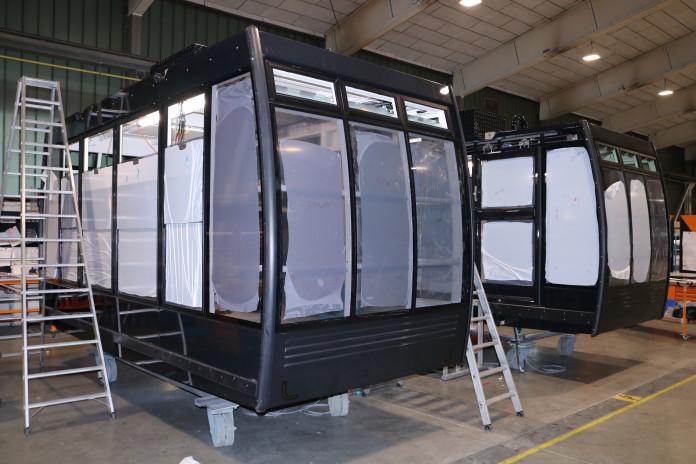 Jak se vyrábí lanovkové kabiny ve firmě Carvatech
