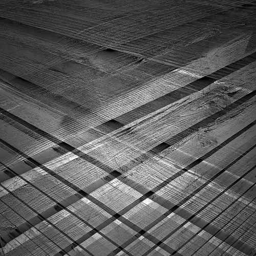 grey popper grid greatphotopro greypopper photoscapex fliphorizontal perspective 2exhdr 2layers 3layers 3exhdr shed featherboard cladding abstractcomposite square