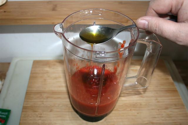 03 - Olivenöl hinzufügen / Add olive oil