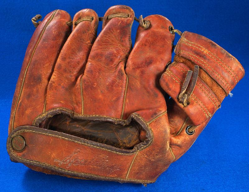 RD23591 Vintage 1950
