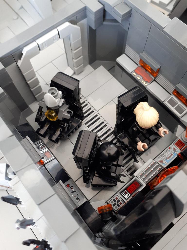 22 Cockpit1