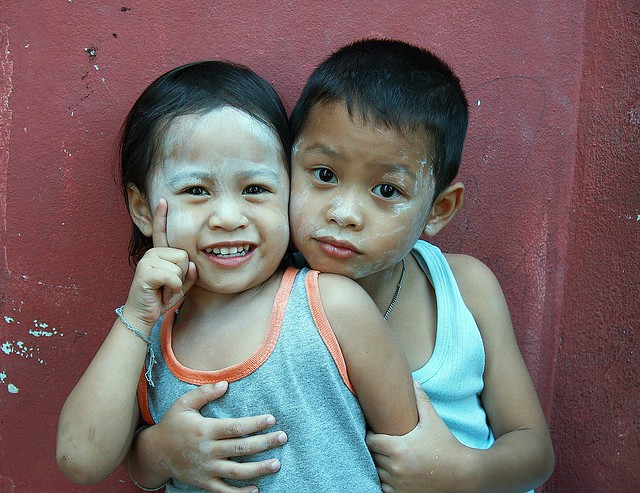brother and sister and talcum powder