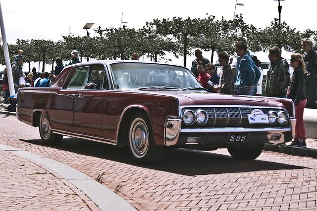 Lincoln Sedan 1964 (7411)