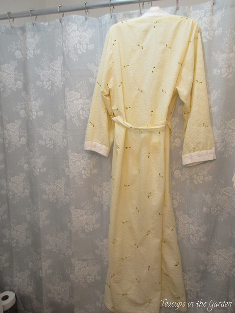 5-Yellow Seersucker Robe edged in eyelet