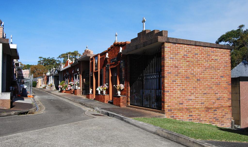 Frenchs Forest Bushland Cemetery, Davidson, Sydney, NSW.