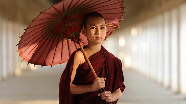 Myanmar (Burma), Buddhist novice in Bagan