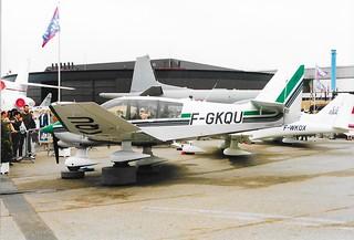 F-GKQU Robin DR.400