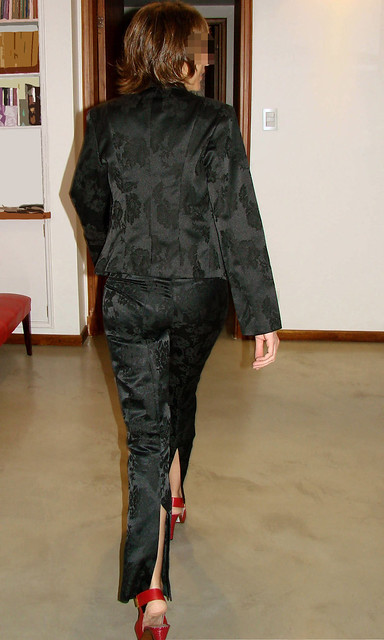 0021 - Fernanda probando ropa