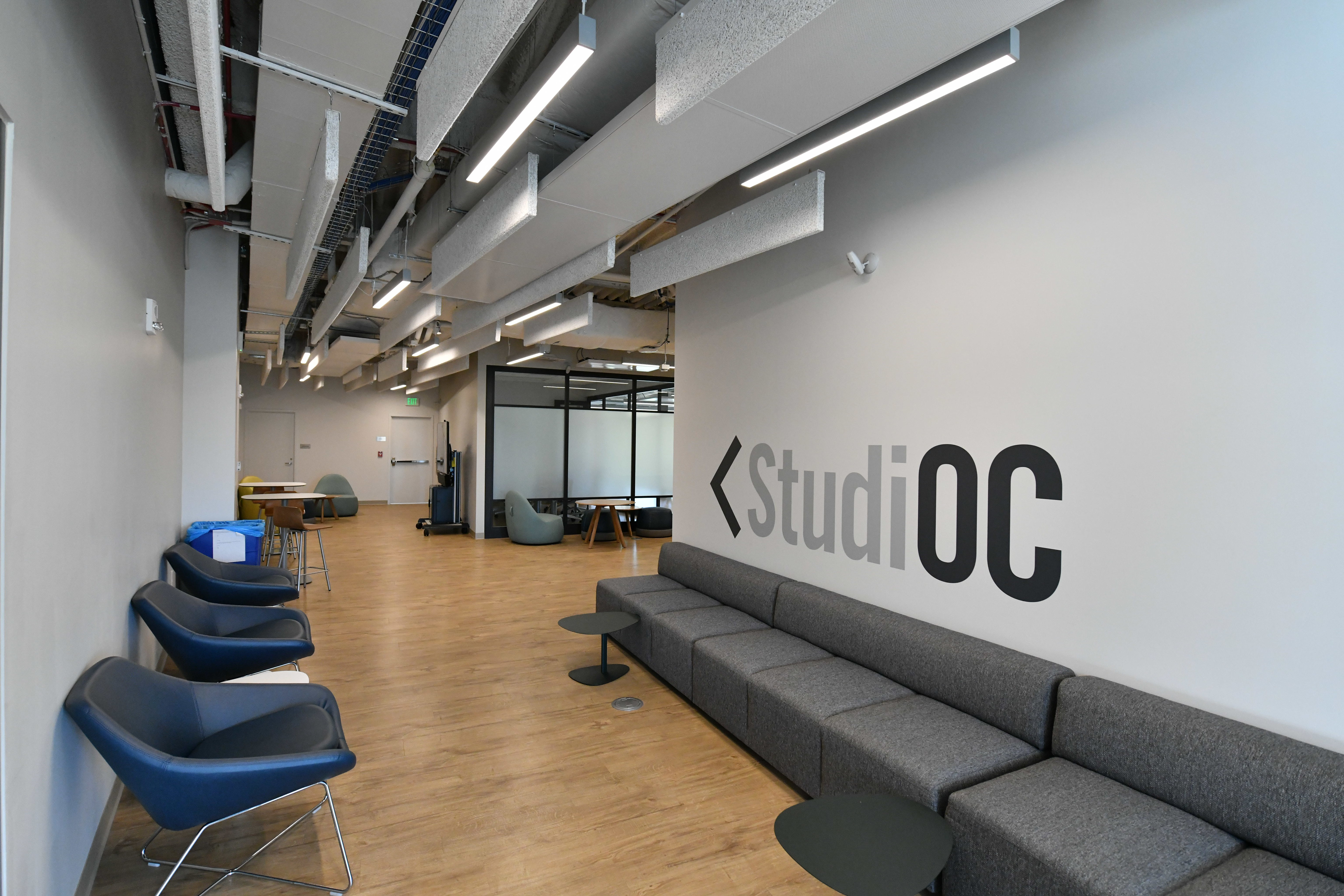 Oberlin Center for Convergence (StudiOC) is both a modern and flexible educational space and a method for faculty in the college and conservatory to pursue multidisciplinary collaboration.