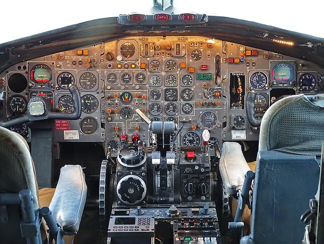 ZE432 BAC One-Eleven 479FU cockpit