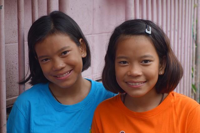 pretty twins