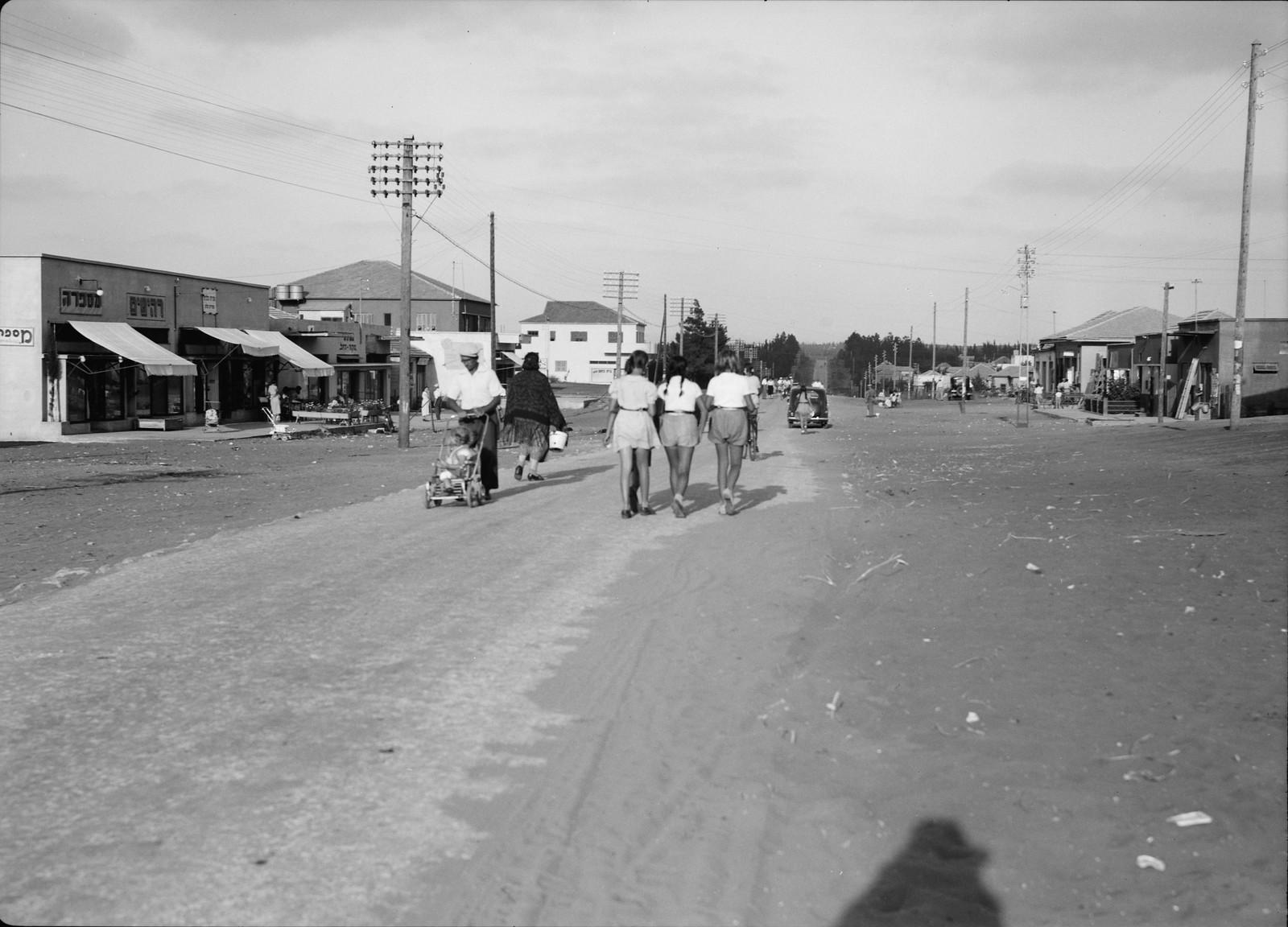 Раанана. Улица Ахуза