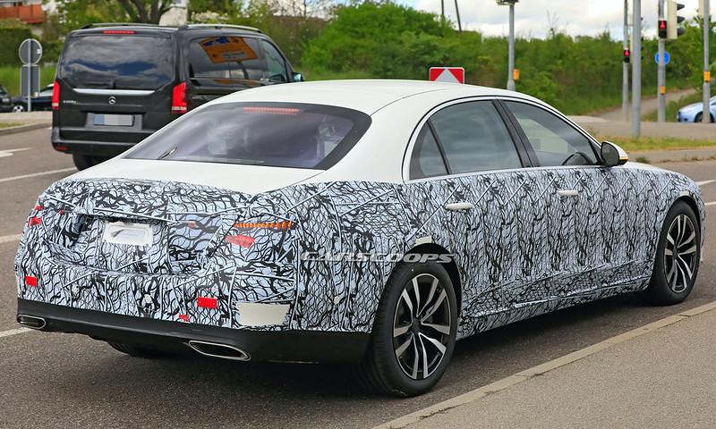 2021-Mercedes-Benz-S-Class-spy-shots-5