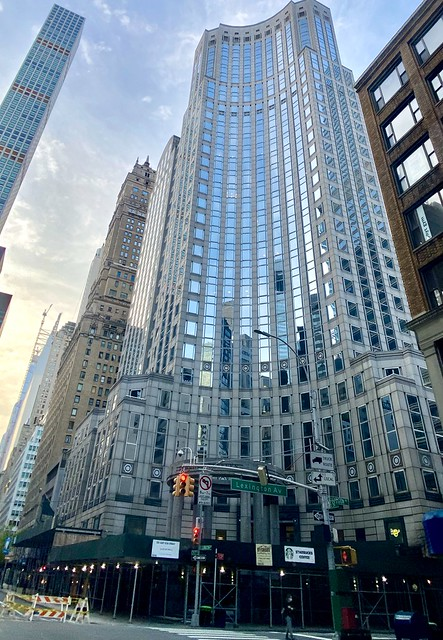 135 East 57th Street: The Concave Corner