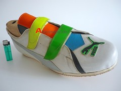 BIG VINTAGE PUMA VELCRO ADVERTISING SPORT SHOE
