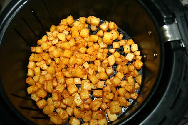 22 - Kartoffelwürfel durchschütteln / Churn potato dices