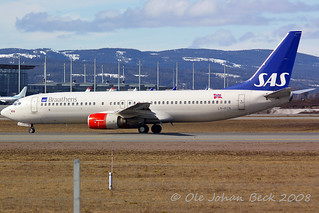 SAS Norge B737-883 LN-RCN at ENGM/OSL 05-04-2008 | by Ole Johan Beck
