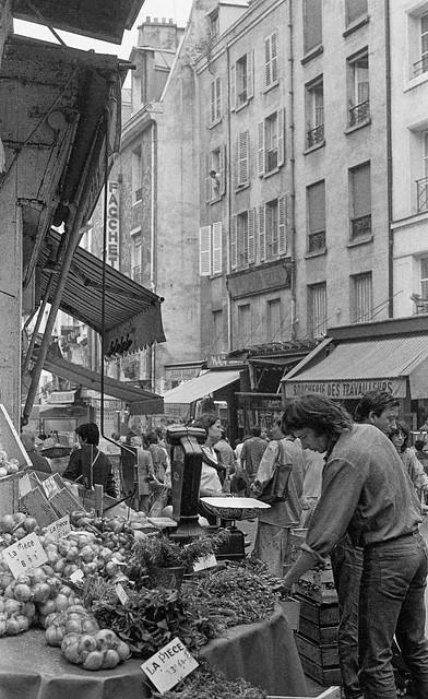 Rue Mouffetard, Paris, 5e 84-8p-42-paris