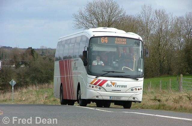 Bus Éireann VC 330 (03-D-59512).