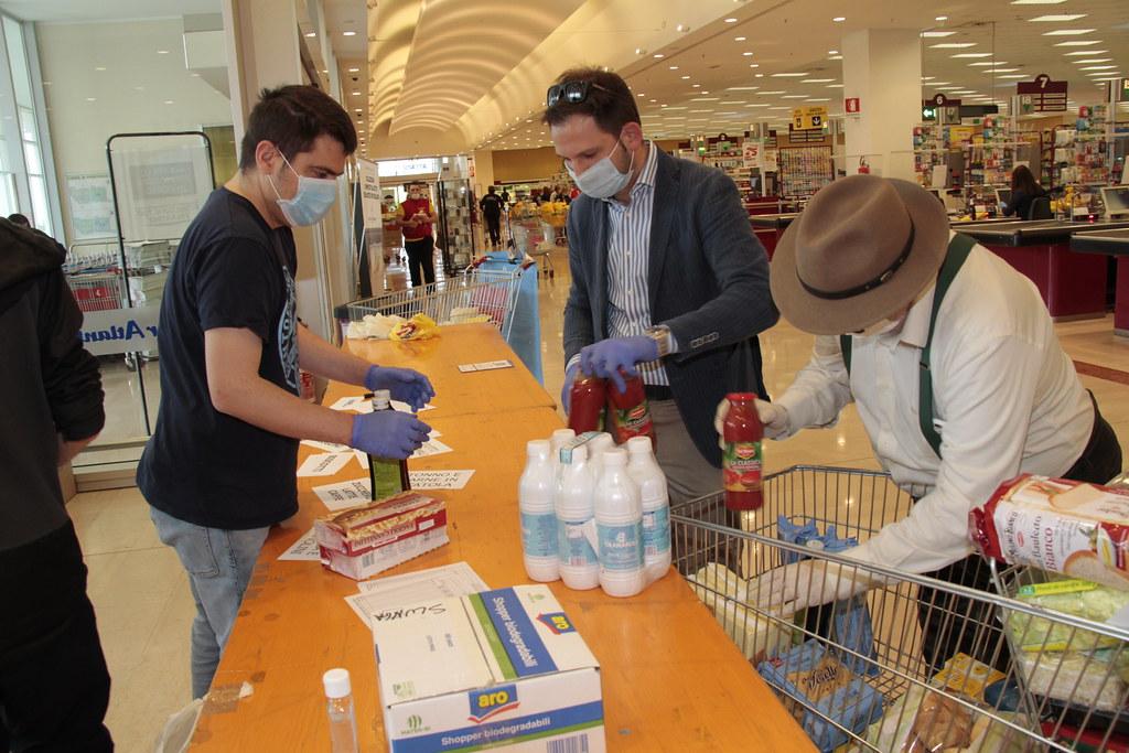 Spesa Solidale a San Giuliano Milanese