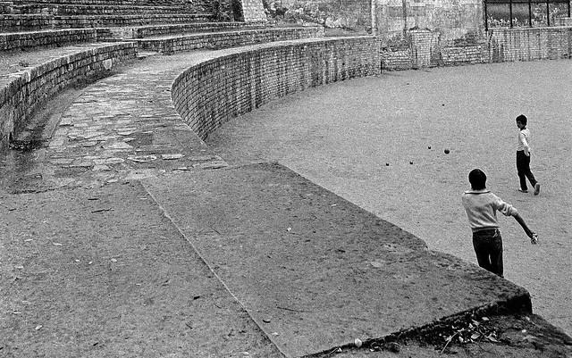 Arènes de Lutèce, 5e 84-8o-11-paris