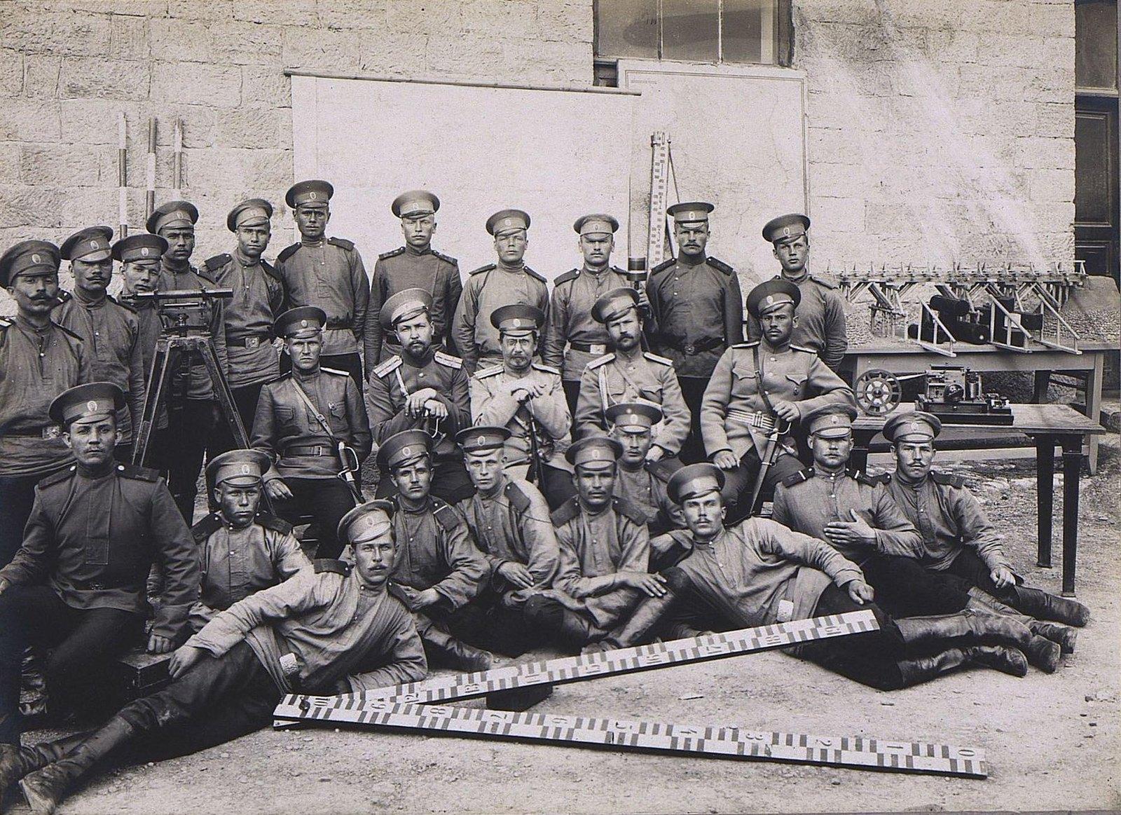 07. Группа военных топографов