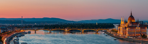 2020 70d budapest canon danube donau duna houseofparliament houseofparliamentbuilding hungary magyarorszag margaretbridge margaretisland margithid margitsziget orszaghaz alkonyat city cityscape colours hills mountain outdoor outdoors outside sky skyline town twilight urban 1000v40f