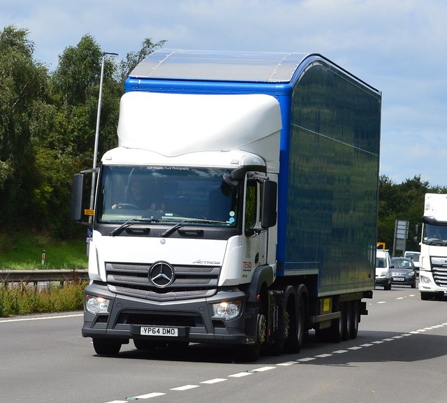 Tesco YP64 DMO On the A5 At Shrewsbury