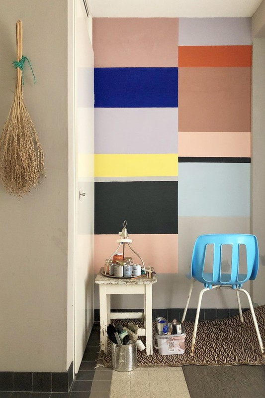 creating a color story entrance