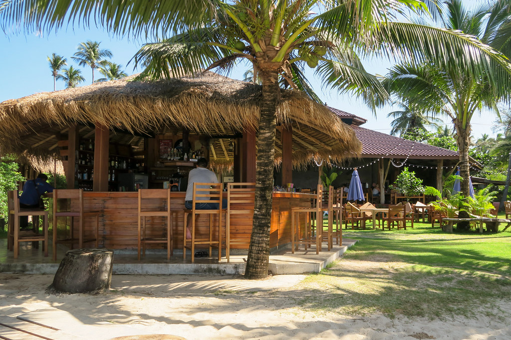 Sea Far Resort beach bar