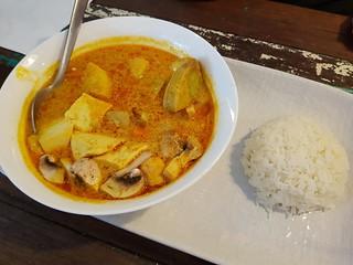 Vegan Yellow Curry at Cafe O'Mai