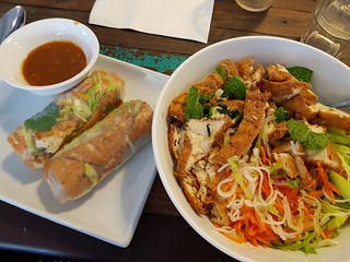 Tofu Rice Paper Rolls and Lemongrass Vermicelli Salad at Cafe O'Mai