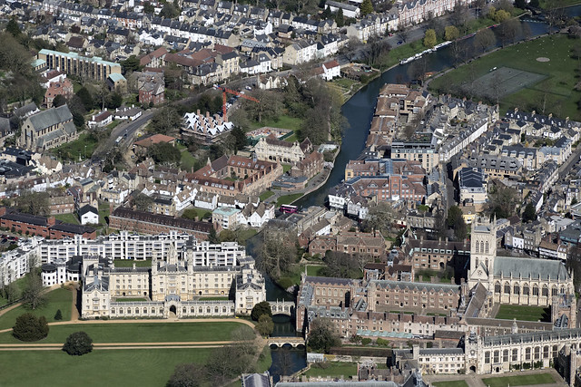 Cambridge aerial image - St John's College & Magdalene College