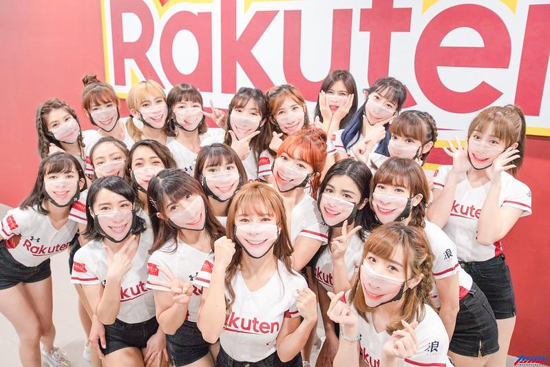 Rakuten Girls。(特約攝影蔡光逸/現場拍攝)