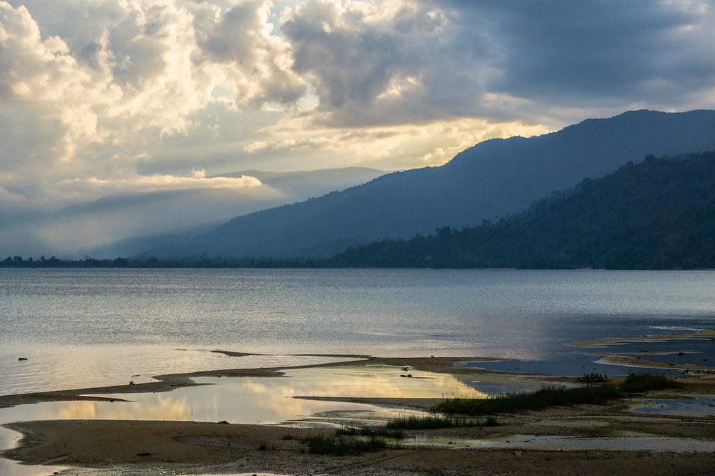 Lake Poso波索湖